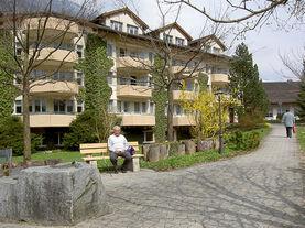 Bild Altersheim im Frühling
