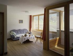 Bild mit Zimmer